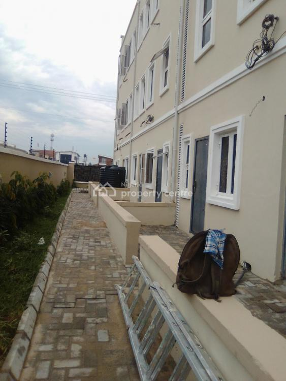 4 Bedrooms Terraced Duplex with Bq. (carcass) 90% Completed, Lekki Phase 1, Lekki, Lagos, Terraced Duplex for Sale