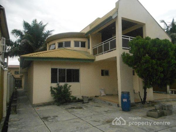 For rent 6 bedroom detached duplex agungi lekki for 6 bedroom duplex