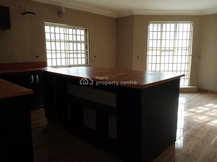 2 Bedroom Flat Upstairs, Osapa, Lekki, Lagos, Flat / Apartment for Rent