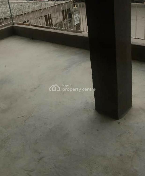 Decent 2 Bedroom Flat, Surulere, Lagos, Flat / Apartment for Rent