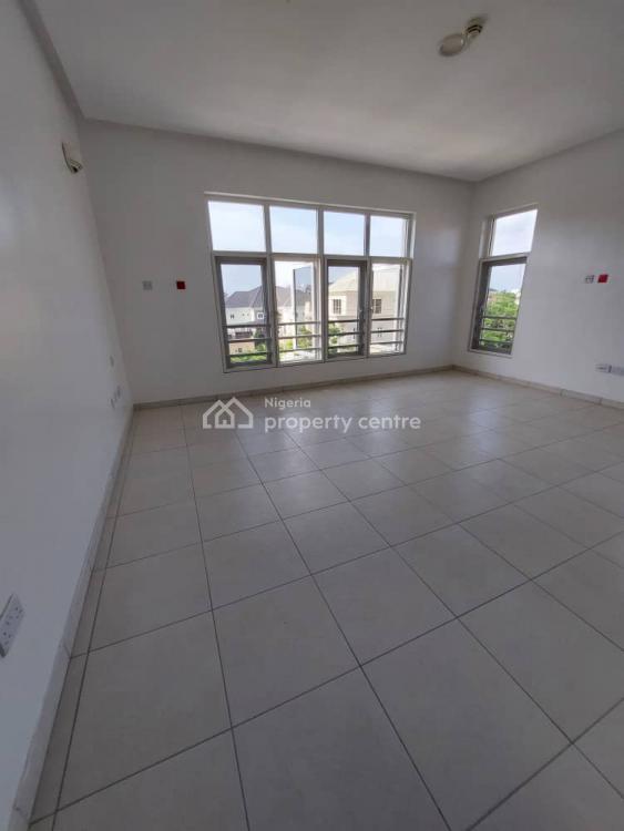 Spacious 3 Bedroom Flat with Bq, Banana Island, Ikoyi, Lagos, Flat / Apartment for Rent
