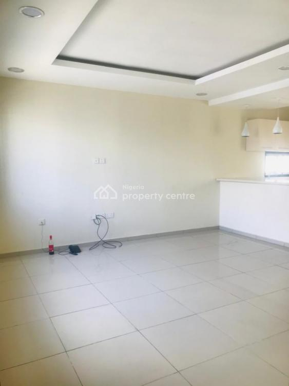Serviced 2 Bedrooms Apartment, Off Shoprite Road, Osapa, Lekki, Lagos, Flat / Apartment for Rent