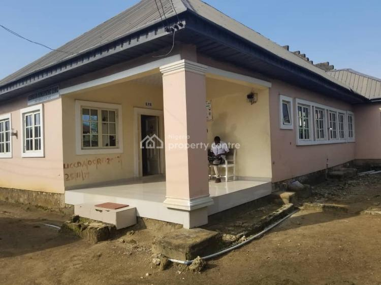 Four Bedrooms Apartment, Oron Road, Uyo, Akwa Ibom, Detached Bungalow for Sale
