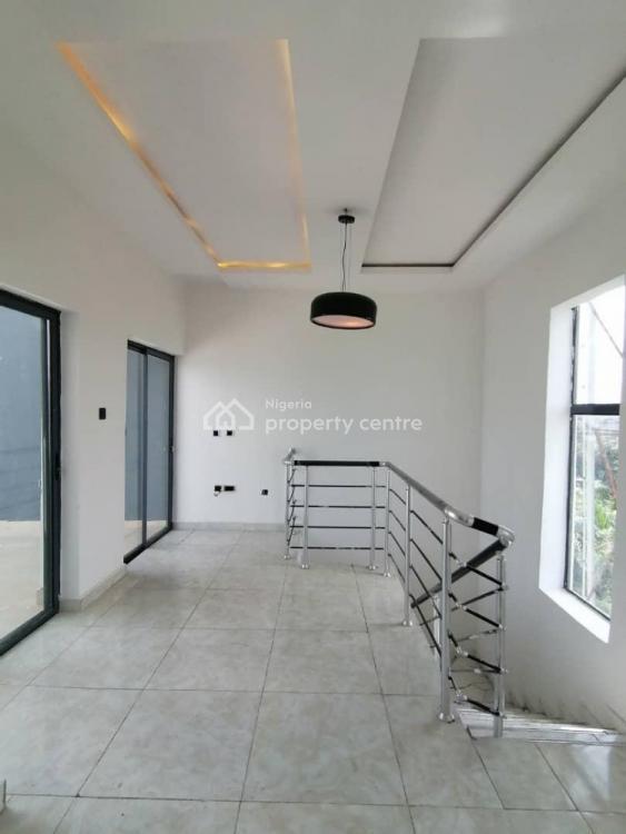 4 Bedrooms Semi-detached Duplex + Bq (luxuriously Outstanding), Lekki, Lagos, Semi-detached Duplex for Sale