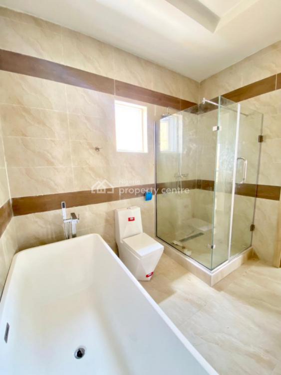 5 Bedrooms Semi Detached Duplex (with Outstanding Fittings), Lekki, Lagos, Semi-detached Duplex for Sale