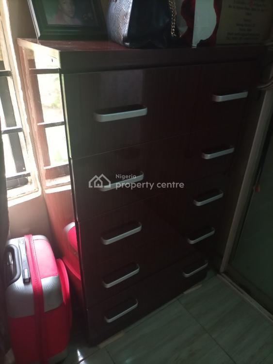 2 Bedroom Flat, Government Building., Garki, Abuja, Flat / Apartment for Sale