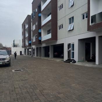 Luxury, Massive & Serviced 3 Bedroom Flat, Ebutte Meta, Yaba, Lagos, Flat / Apartment for Sale