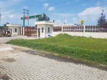 Office / Fastfood / Restaurant Space, Abraham Adesanya Roundabout, Ajah, Lagos, Restaurant / Bar for Rent