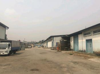 a Vacant Warehouse with Lettable Space of 6000 Square Meters, Ilupeju, Lagos, Warehouse for Sale