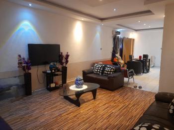 Well Maintained 2 Bedroom Apartment, Lekki Phase 1, Lekki, Lagos, Flat / Apartment Short Let