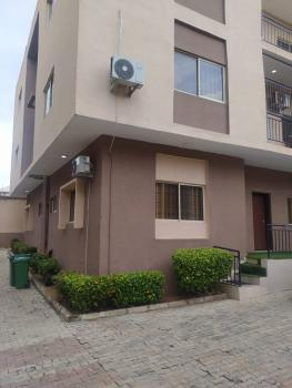 Fantastic 2 Bedroom Flat and Boys Quarters with Generator, Wuse 2, Abuja, Flat / Apartment for Rent
