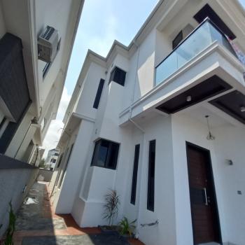 5 Bedrooms Detached Duplex with Waterfront and Bq, Lekki County, Lekki, Lagos, Detached Duplex for Sale