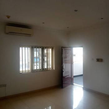 an Exquisite Tastefully Finished Serviced 3 Bedroom Available, Lekki Phase 1, Lekki, Lagos, Flat / Apartment for Rent