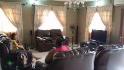 Twin Detached Bungalow, Itire-Ikate, Surulere, Lagos, 4 bedroom, 3 toilets, 3 baths Detached Bungalow for Sale