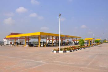 Newly Built Mega Filling Station, Airport Road, Lugbe District, Abuja, Filling Station for Sale