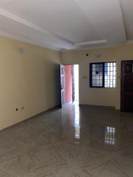 2 Bedroom Flat in Estate, Obanikoro, Shomolu, Lagos, Flat / Apartment for Rent
