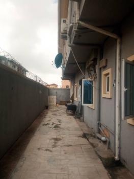 2 Bedroom Flat Apartment, Bariga, Shomolu, Lagos, Flat / Apartment for Rent