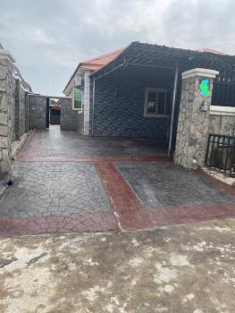 3 Bedrooms Semi Detached Bungalow, Trademore Estate, Airport Road, Lugbe District, Abuja, Semi-detached Bungalow for Sale