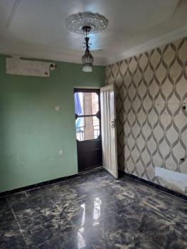Selfcon Available, Pika, Yaba, Lagos, Self Contained (single Rooms) for Rent