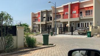 3 Bedrooms Terrace, Airport Road, Lugbe District, Abuja, Terraced Duplex for Sale