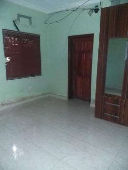 Spacious 3-bedroom Flat, Abule Oja, Yaba, Lagos, Flat / Apartment for Rent