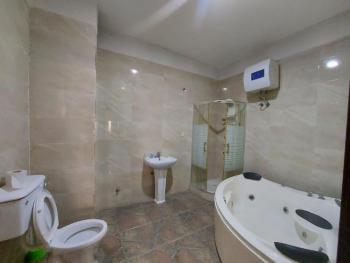 3 Bedroom Flat All En-suite, Lekki Phase 1, Lekki, Lagos, Flat / Apartment for Sale