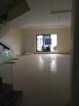 4 Bedrooms, Lekki Phase 1, Lekki, Lagos, Terraced Duplex for Sale