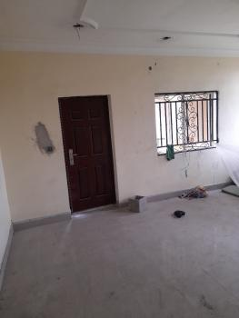 Spacious Serviced Renovated 2 Bedroom Flat, Off Chief Collins Street, Lekki Phase 1, Lekki, Lagos, Flat / Apartment for Rent