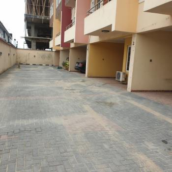 3 Bedroom En-suite Terrace with a Bq, Lekki Phase 1, Lekki, Lagos, Terraced Duplex for Rent