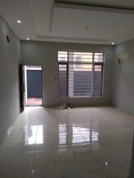 a Lovely and Nice Well Finished 2 Bedroom Flat, Off Adelabu Agboyin, Surulere, Lagos, Flat / Apartment for Rent