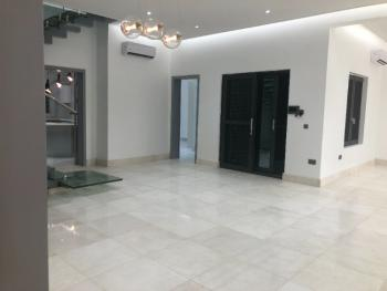 Tastefully Finished 4 Bedroom Flat with Amazing Facilities and Bq, Ikoyi, Ikoyi, Lagos, Flat / Apartment for Sale