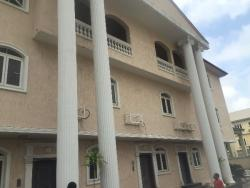 Extensively Large 3 Bedroom Penthouse Terrace With A Room Bq And Amazing View, Lekki Phase 1, Lekki, Lagos, 3 bedroom, 4 toilets, 3 baths Flat / Apartment for Rent