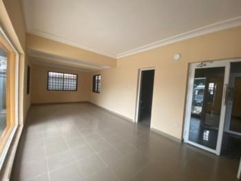 30sqm Shop Space on a Major Road, Victoria Island (vi), Lagos, Shop for Rent