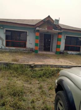 Fast Food Restaurants, International Road, Badagry, Lagos, Restaurant / Bar for Sale