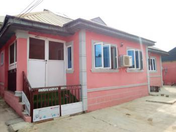 3 Bedroom Bungalow, Adeola Estate Idi-gbaro, Ologuneru Eleyele/eruwa Road, Ibadan, Oyo, Detached Bungalow for Sale