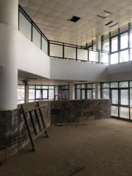 Banking Hall (ready-made), Ademola Adetokunbo Crescent, Wuse 2, Abuja, Office Space for Rent