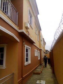 Decent 3 Bedroom Flat, All Rooms Ensuit, Parking Space, Onipanu, Shomolu, Lagos, Flat / Apartment for Rent