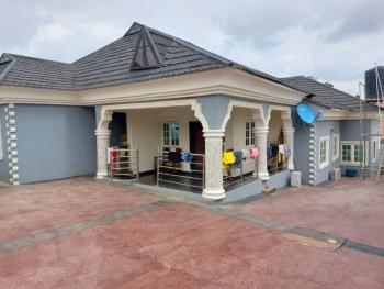 4 Bedroom Bungalow, Beside Commodores Hotel Elebu Oluyole Extension, Oluyole, Oyo, Detached Bungalow for Sale