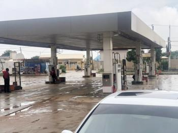 Functional Filling Station, Lugbe District, Abuja, Filling Station for Sale