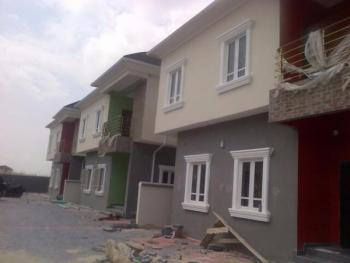 Four Bedroom Detached House In A Mini Estate, Ikate Elegushi, Lekki, Lagos, 4 bedroom, 5 toilets, 4 baths Detached Duplex for Sale