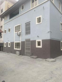 Distress 3 Bedroom Flat, Oniru, Victoria Island (vi), Lagos, Block of Flats for Sale