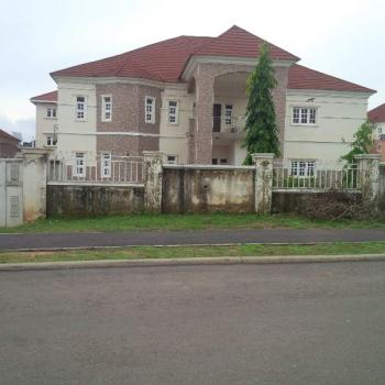 Spaciously Built 6bedrooms Detached Duplex + 2bedrooms Guest Wing & 2rooms Bq, Maitama District, Abuja, 6 bedroom, 7 toilets, 7 baths House for Sale