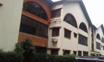 3 Bedroom Self Serviced Penthouse, Lekki Phase 1, Lekki, Lagos, 3 bedroom, 4 toilets, 3 baths House for Rent