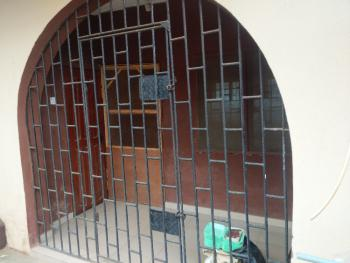 3 Bedroom Apartment, Adewale Mould Street, Ayobo, Lagos, Flat / Apartment for Rent