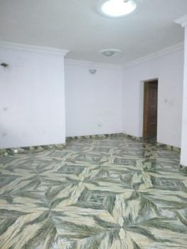 Renovated 3 Bedrooms Flat, Anthony, Maryland, Lagos, Flat / Apartment for Rent