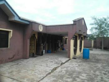 4 Bedrooms Detached Bunglow, Ijaiye, Lagos, 4 bedroom, 2 toilets, 2 baths Detached Bungalow for Sale