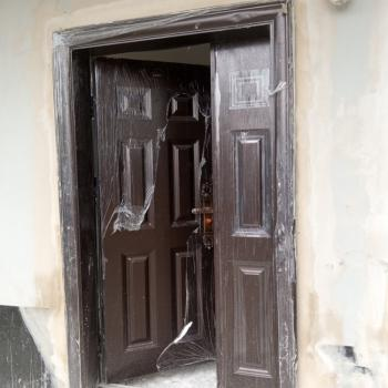 Clean 2 Rooms Office Space, Behind Alade Market, Allen, Ikeja, Lagos, Office Space for Rent