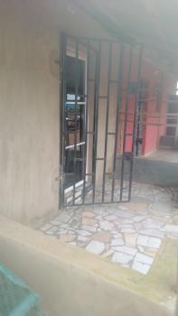Office / Shop in Major Location, Around Regina Suites, and Islarudeen Grammar School, Osogbo, Osun, Shop for Sale