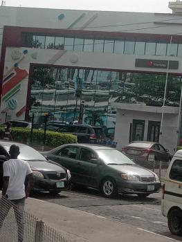 Vacant Property, Adetokunbo Ademola Street, Ovia North-east, Edo, Commercial Property for Rent