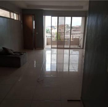 Sharp 3 Bedroom Penthouse with 4t3b, Jibowu, Yaba, Lagos, Flat / Apartment for Rent